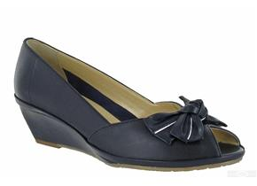 Van Dal Shoes - Florida Navy