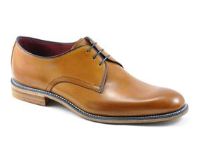 Loake Shoes - Drake Tan